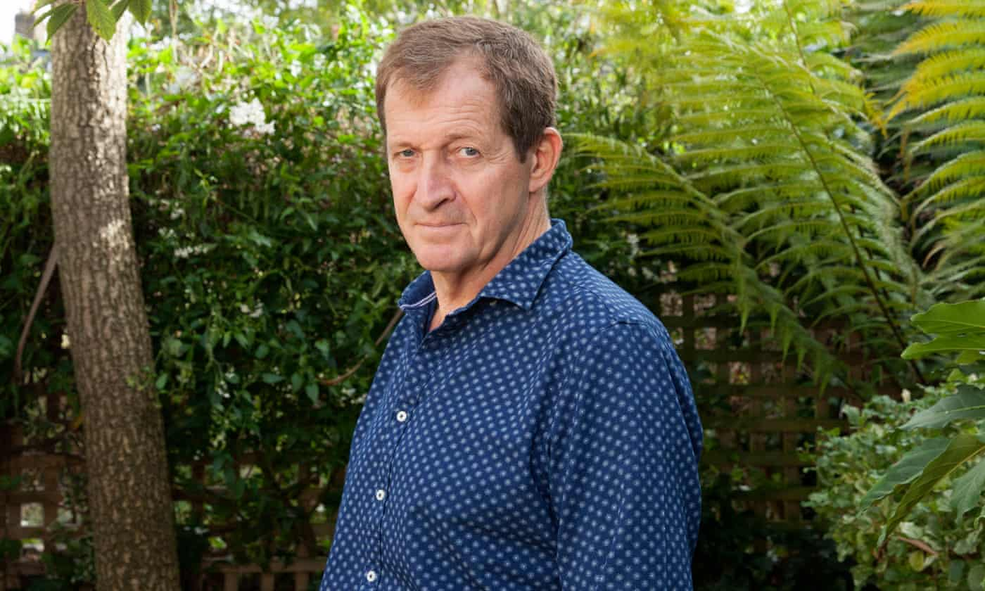 Labour expels Alastair Campbell from party