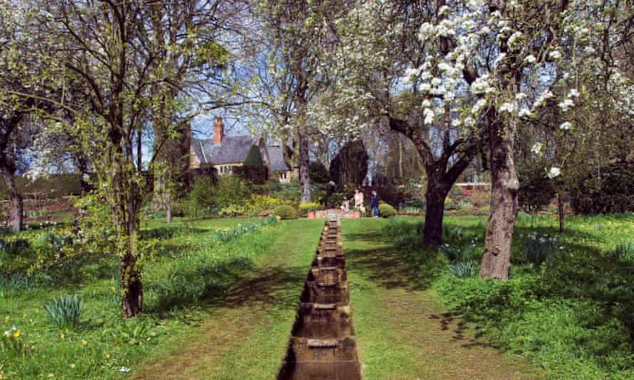 The Rill in the Pear Orchard in Coton Manor Gardens