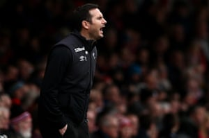 A frustrated Frank Lampard on the sidelines.