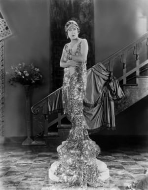 On a pedestal … Gloria Swanson in 1926.