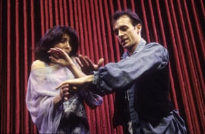 Gina Bellman (Ophelia) and Stephen Dillane (Hamlet) in The Peter Hall Company's version of the play at the Gielgud theatre in 1994, directed by Hall.