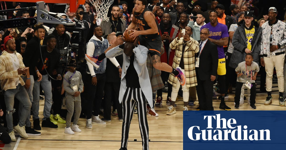 Aaron Gordon leaps over 7ft 5in Tacko Fall but Jones Jr wins NBA dunk contest