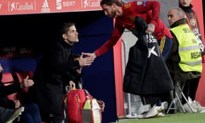 Roberto Moreno shakes Sergio Ramos's hand after the Spain captain came off in the win against Romania.