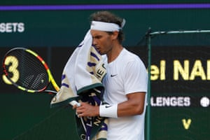 Nadal digs deep to stay in the match.