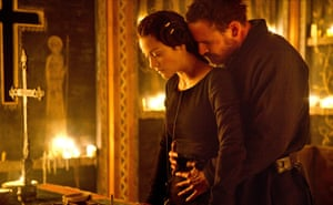 At least they talk to each other … the Macbeths, as played by Marion Cottilard and Michael Fassbender in the 2015 film