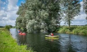 canoeing Waveney Norfolk suffolk border