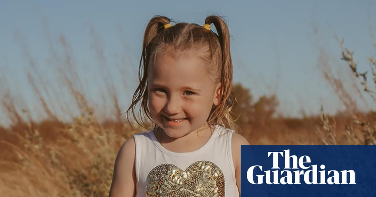 Disappearance of Cleo Smith, four, from family's tent in Western Australia 'extremely concerning'