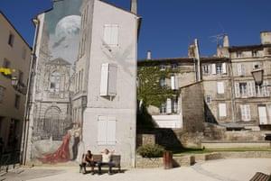 Memoires du XX Ciel de Yslaire, on Place Saint-Andre, Angoulème.
