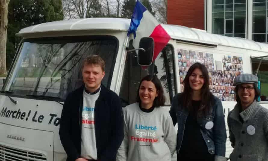 Matthieu Teachout, Violaine Pierre, Rachel-Flore Pardo and Valentin Somma with the En Marche! camper van in Saint-Quentin.