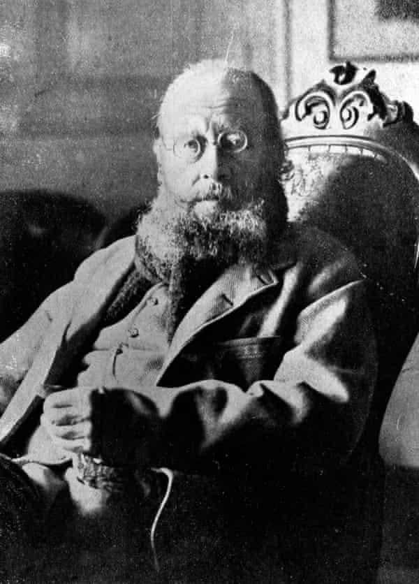 edward lear seated photographic portrait circa 1880