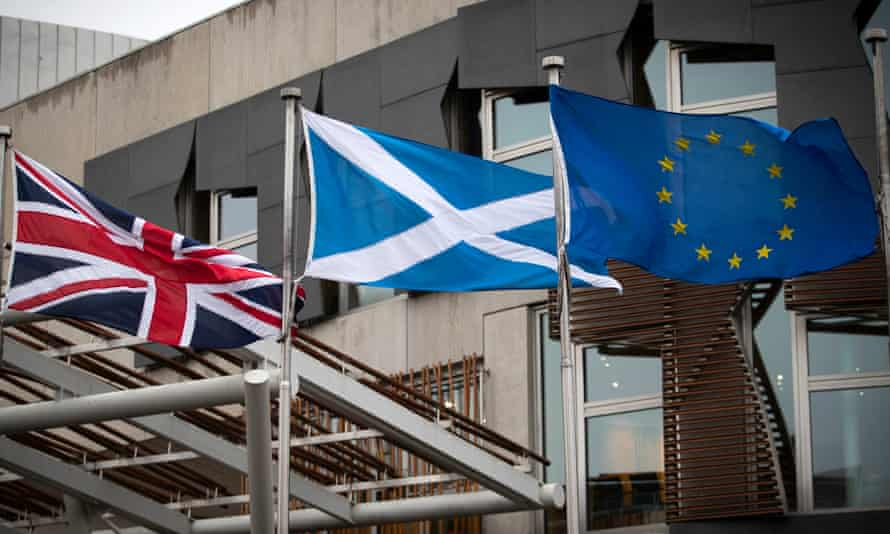 The UK is Scotland's largest and most important trading partner, the report said, accounting for 61% of its exports and 67% of its imports.