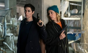 Sue Perkins and Mel Giedroyc as Fran and Jamie.