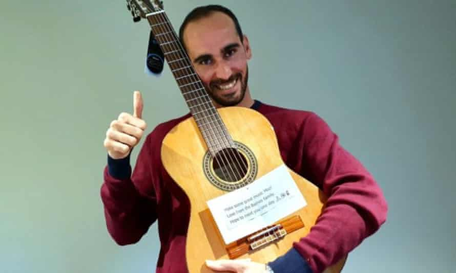 Kurdish refugee and musician Moz Azimi says the reason he was 'able to stay strong for eight years' while held in detention in Papua New Guinea and a Melbourne hotel 'is because I never felt that I was alone'.