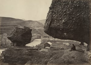 """Hanging Rock, Foot of Echo Cañon, 1868, Plate 32, """"The Great West Illustrated"""""""