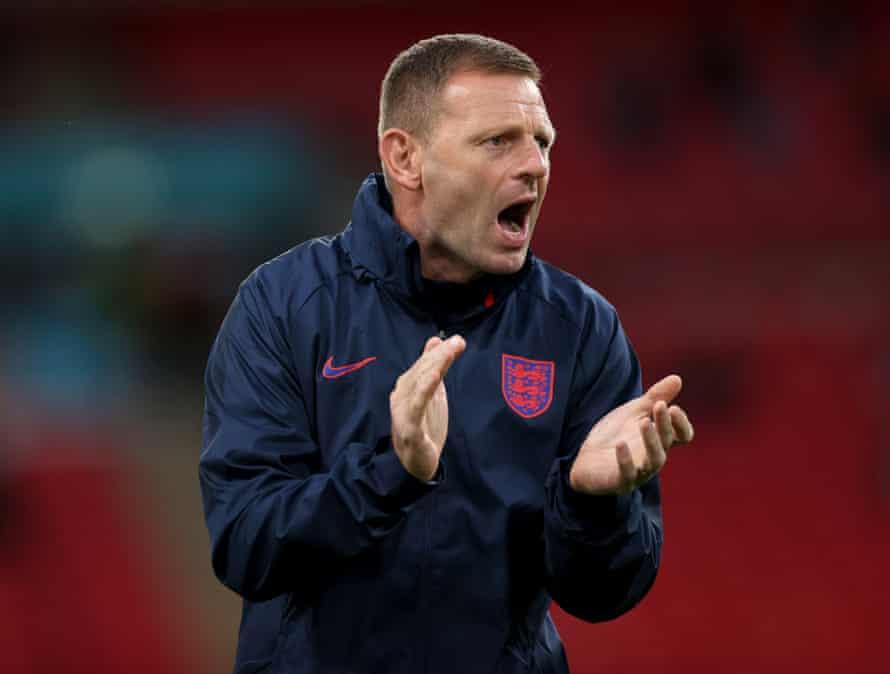 Graeme Jones, Assistant Coach of England.