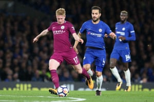 Kevin De Bruyne fires in the opening goal.