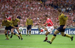 Clive Mendonca strikes to score his and Charlton's first goal at Wembley