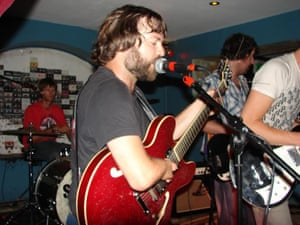 Chris Rollans of the Saturns plays Mum at The World Bar