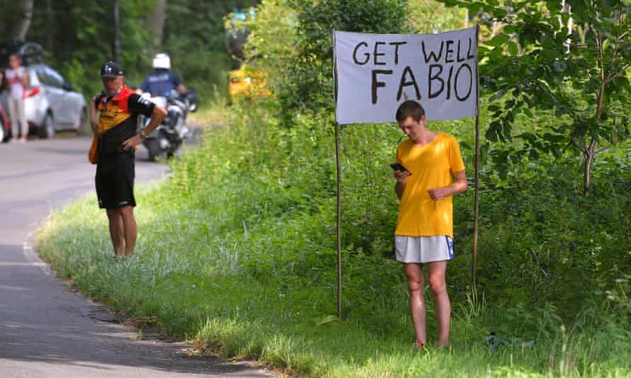 Cycling fans at the Tour of Poland send good wishes to Fabio Jakobsen