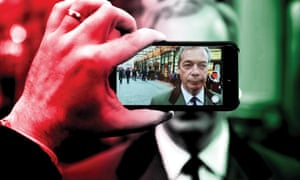 Nigel Farage on a smartphone screen with the colours of the Italian flag