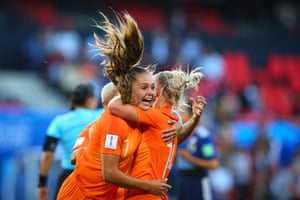 Lieke Martens of Netherlands (left) celebrates scoring the opening goal with Jackie Groenen.
