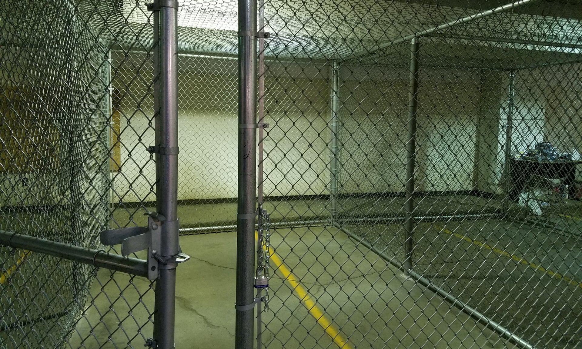 Dakota Protesters In Dog Kennels