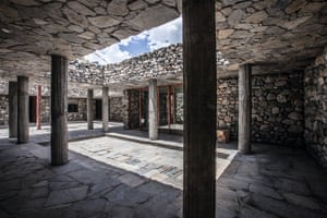 Himalesque, Jomsom, Nepal, 2013, Archium