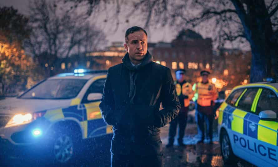 Det Sgt Nick Bailey (Rafe Spall) in The Salisbury Poisonings.