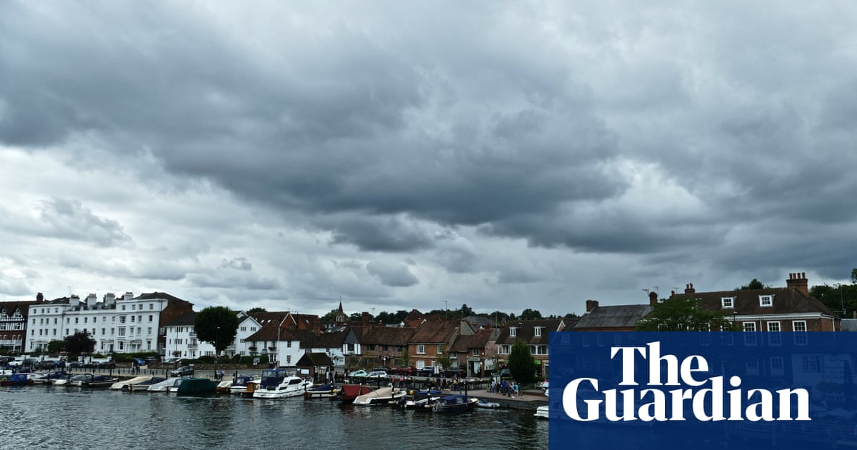 UK weather: thunderstorms pose flood risk in England and Wales