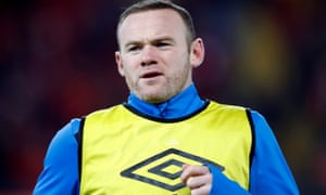 Everton's Wayne Rooney is unhappy at his lack of playing time this season and may abort his return for a lucrative overseas offer.