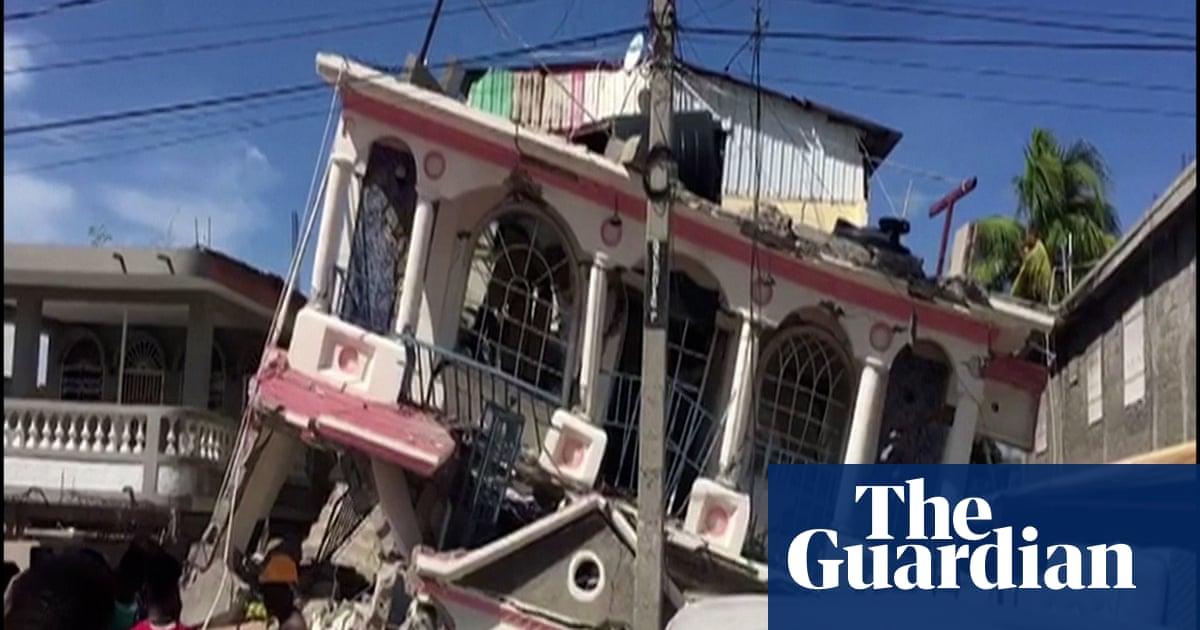 Numerous deaths as earthquake causes widespread damage in Haiti – video