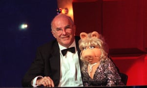 He always enjoyed himself, and made sure we did too ... Clive James with Miss Piggy.