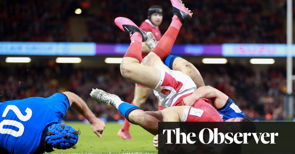 Josh Adams lights up Wales' crushing win over Italy in Six Nations opener