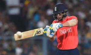 England's Jos Buttler wants to return to the Test side after a lengthy break from the first-class game