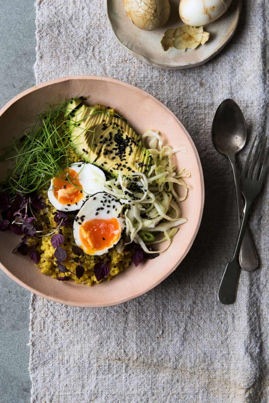 Turmeric and pickle bowl