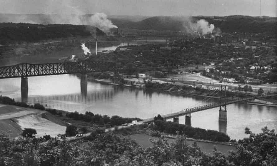 Factories along the Ohio river
