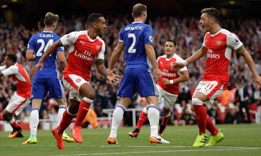 Theo Walcott, left, and Mesut Özil enjoy the 3-0 demolition of Chelsea in the reverse fixture in September that promised so much for Arsenal.