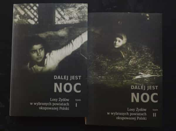 Copies of the Polish edition of Night Without End on sale at the Jewish Historical Institute in Warsaw.