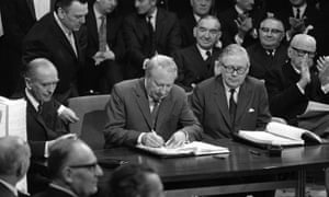 Edward Heath signs Britain's accession to the Common Market in 1972.