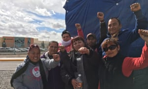 Striking workers in Ciudad Juárez. Lexmark, accused of reneging on a promised wage increase of around 6 pesos per day, can be seen in the background.
