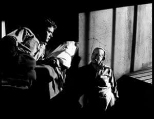 Burt Lancaster and Albert Dekker in The Killers