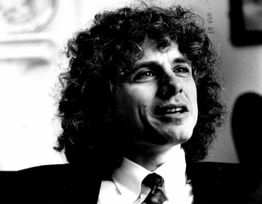 Steven Pinker in 1999.