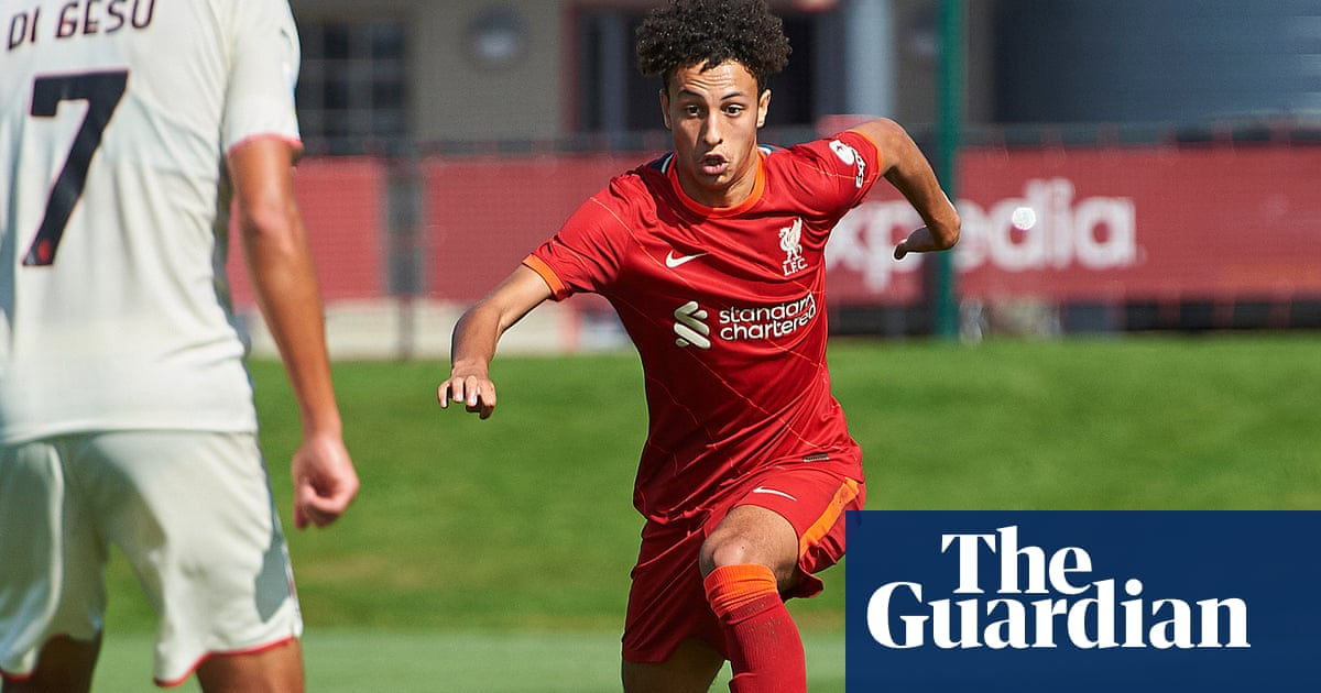 Liverpool's 16-year-old 'diamond' Kaide Gordon in contention for debut