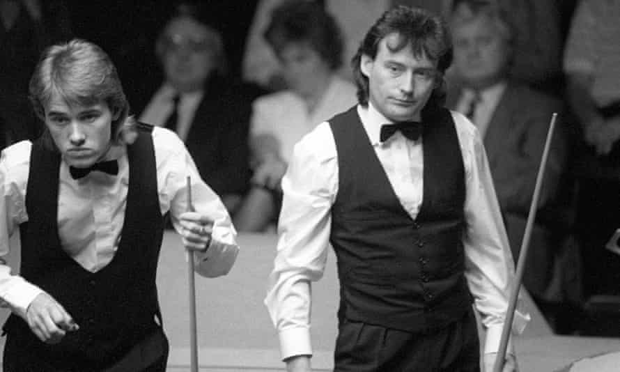 Jimmy White (r) and Stephen Hendry in 1990. Gods of Snooker.