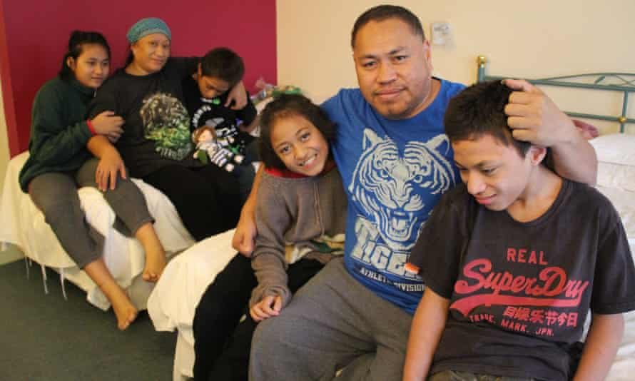 The story of the Saitu family, a homeless family living in a motel, has led to questions in the New Zealand parliament.
