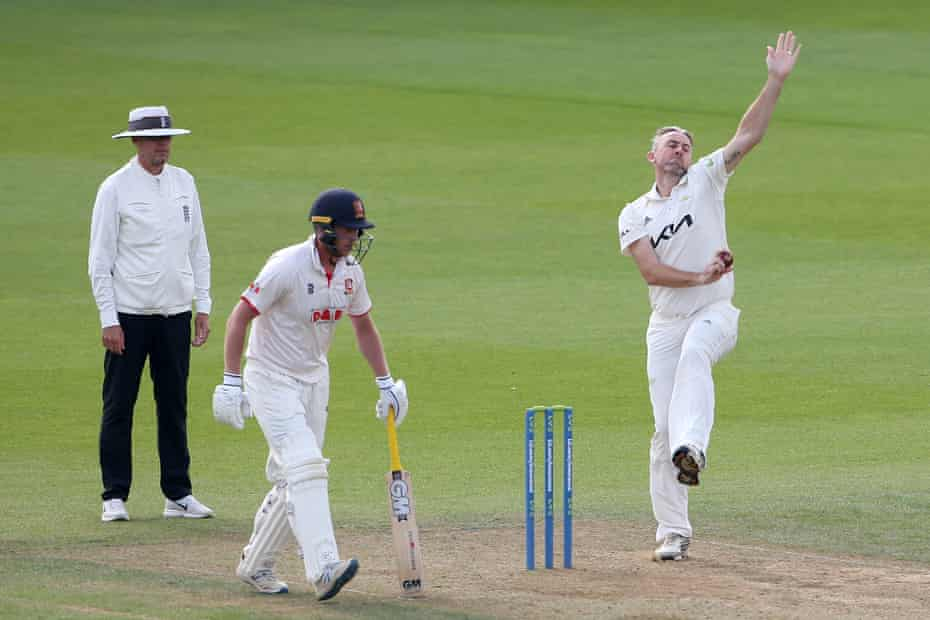 Rikki Clarke comes in running, at the age of 39, during the Surrey County Championship game against Essex at the Oval.