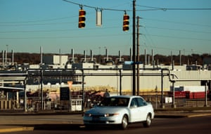 The large General Motors auto factory is seen October 30, 2008 in Moraine, a suburb of Dayton, Ohio. The tiny town of Moraine is bracing as General Motors prepares to shut their sport-utility vehicle plant two days before Christmas this year, abandoning a massive factory on a site that has employed thousands of workers for decades.