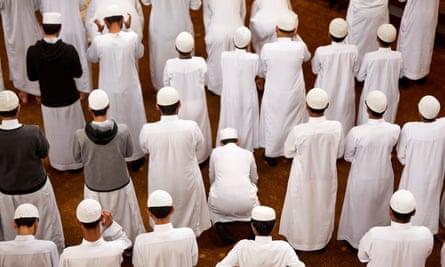 Survei tersebut menemukan lebih banyak toleransi bagi mereka yang berasal dari latar belakang etnis yang berbeda dibandingkan kelompok agama.