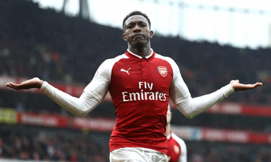 Danny Welbeck scored two goals in Arsenal's 3-2 victory over Southampton.