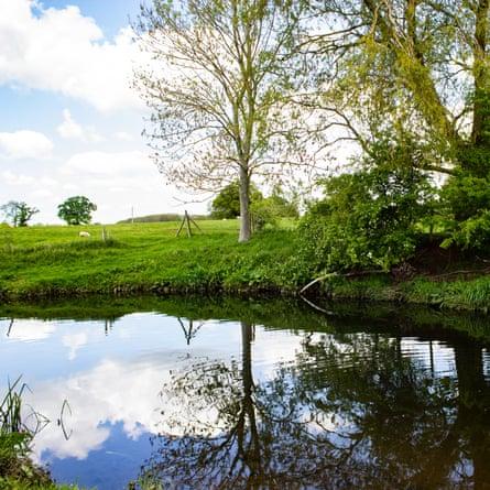 River Arrow,  Studley, Warwickshire, UK